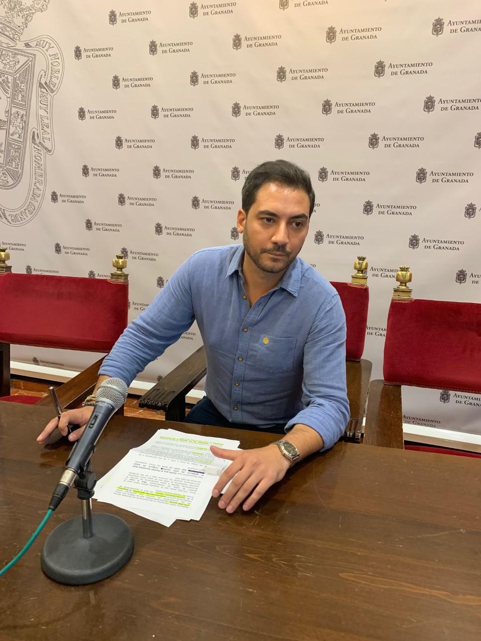 El PSOE denuncia el desmantelamiento del Área de Juventud cuando el botellón experimenta un repunte