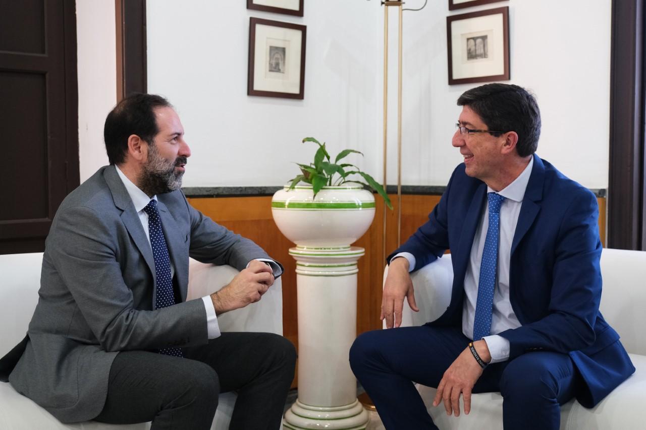 Justicia paga 1,7 millones de euros a abogados y procuradores por la prestación de la Justicia Gratuita en Granada