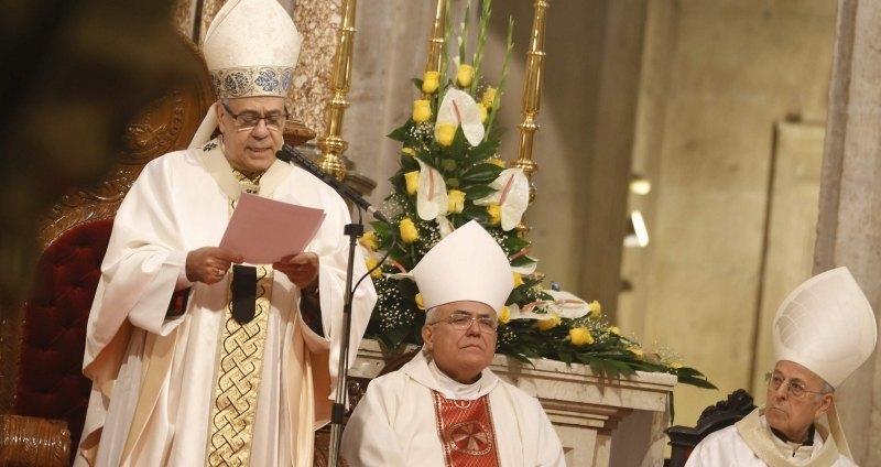 El Arzobispado advierte de un «falso sacerdote» que realiza actos de culto en el área metropolitana