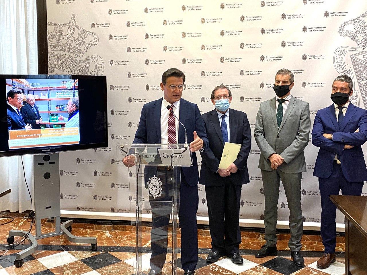 El Alcalde destaca la revitalización económica lograda en el balance del primer año de mandato