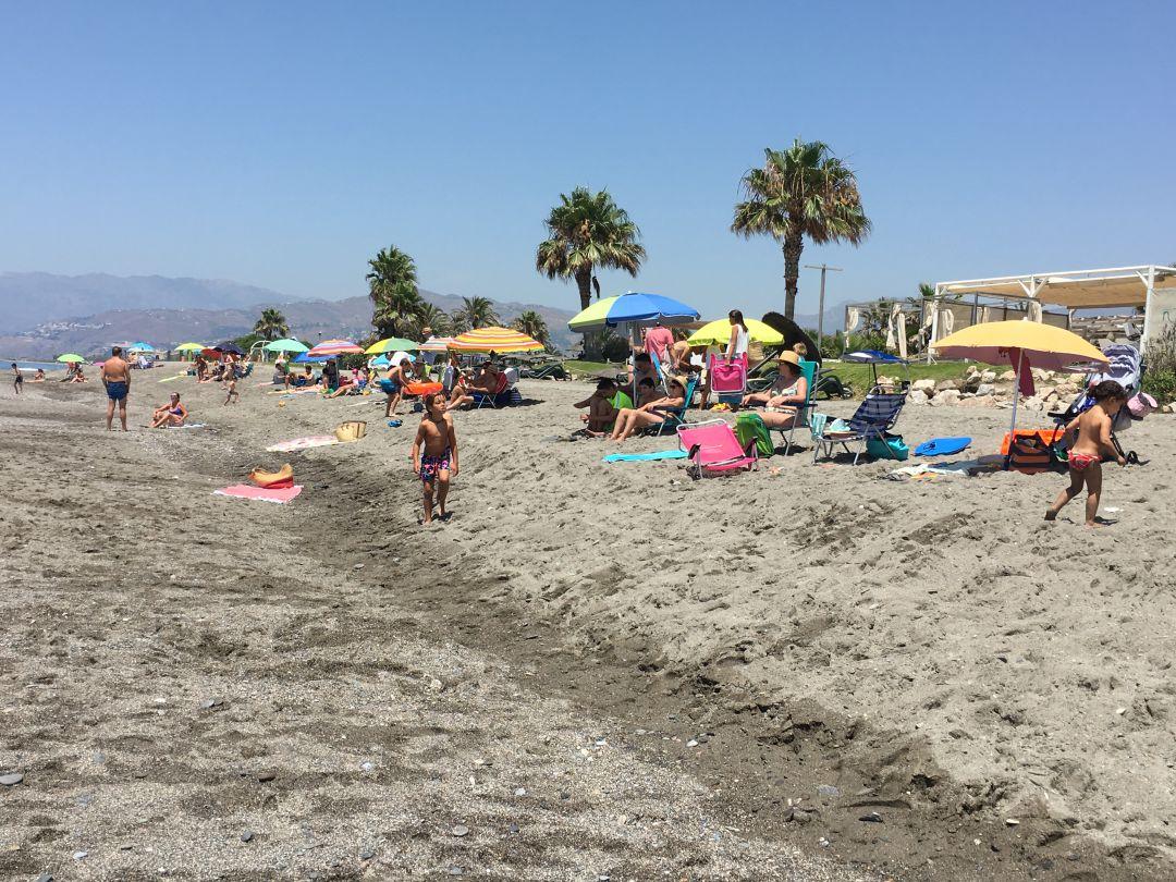 Ecologistas en Acción cuestiona la «solvencia de las Banderas Azules» otorgadas a las playas