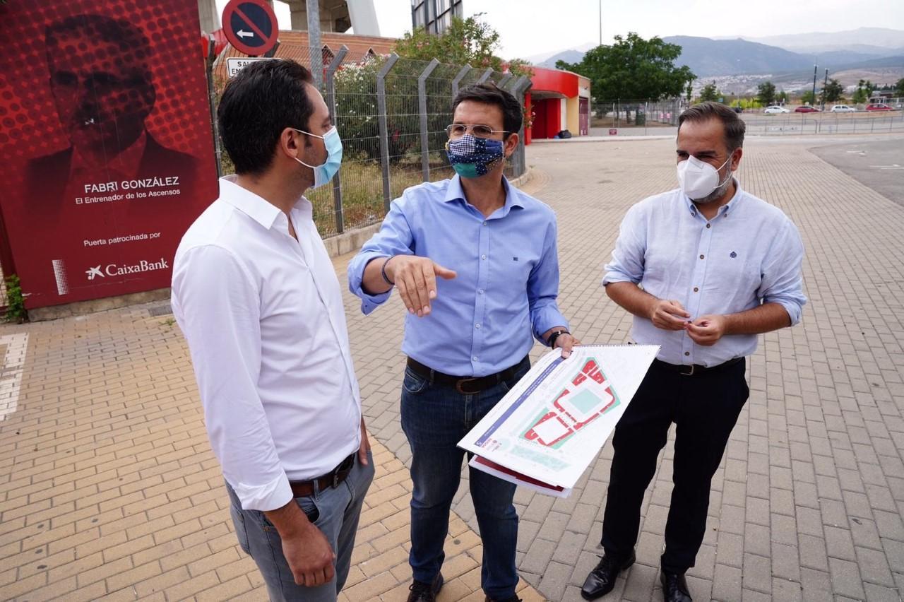 Cuenca pide que el Ayuntamiento ceda Los Cármenes al Granada CF a través de un convenio