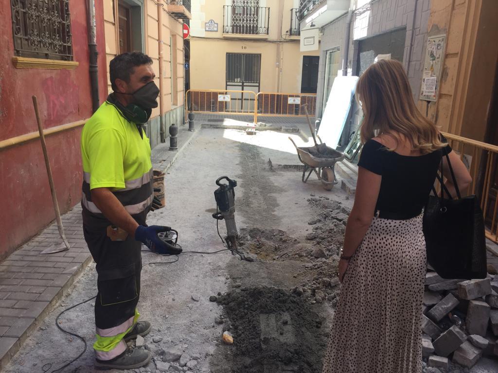 La calzada de la calle Concepción permanecerá cortada al tráfico hasta el 13 de abril por reparaciones