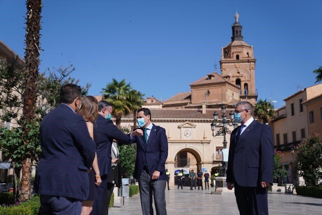 La Junta no descarta confinamientos parciales dentro de la provincia de Granada