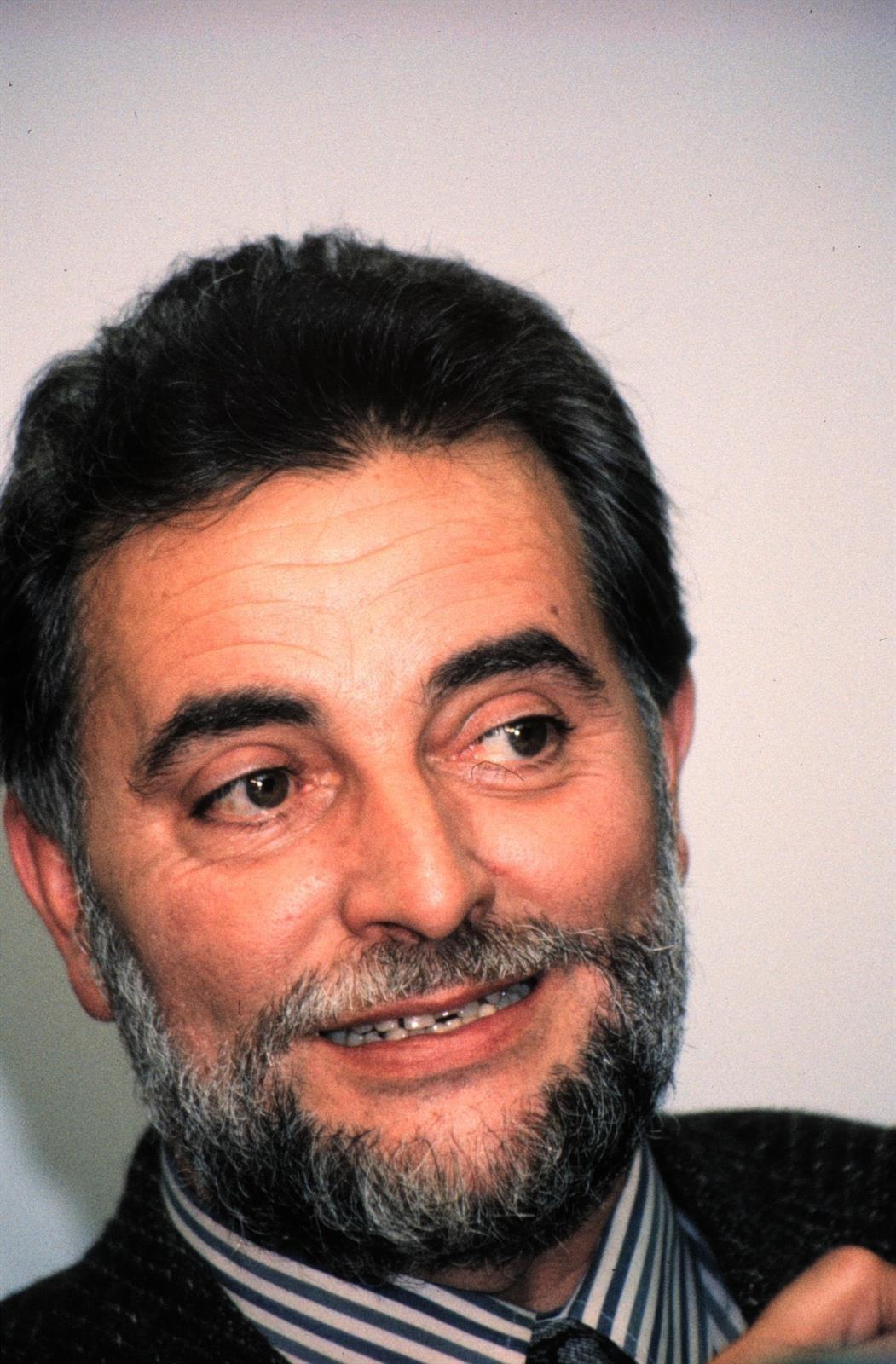 Láchar dedicará una plaza al recuerdo de Julio Anguita