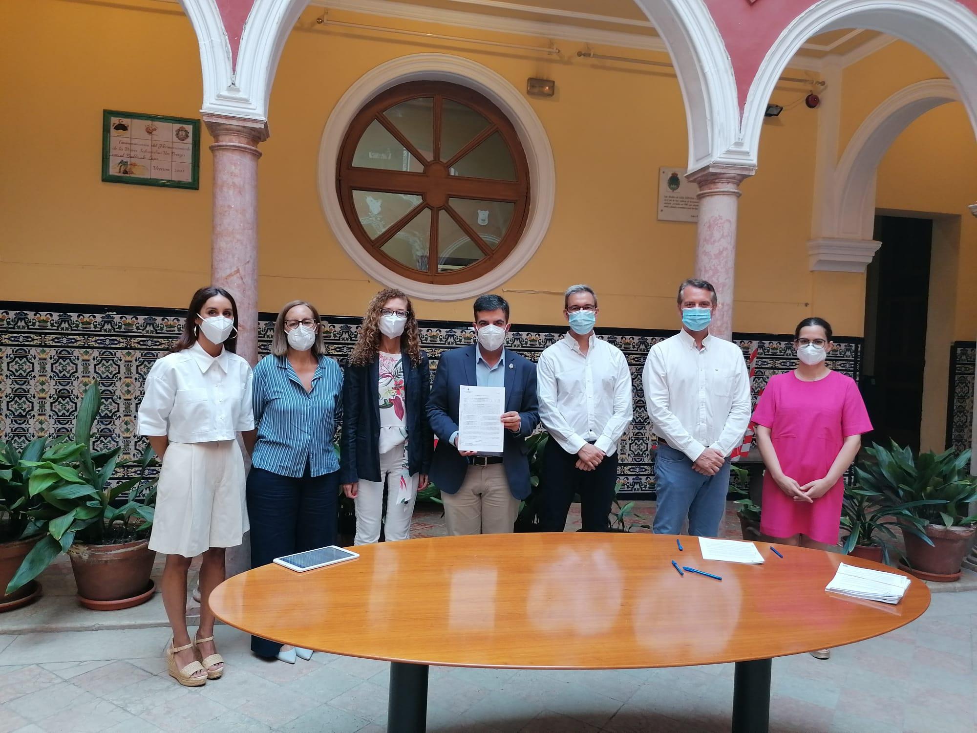 El Grupo «La Alfaguara» seguirá gestionando la residencia Sierra de Loja