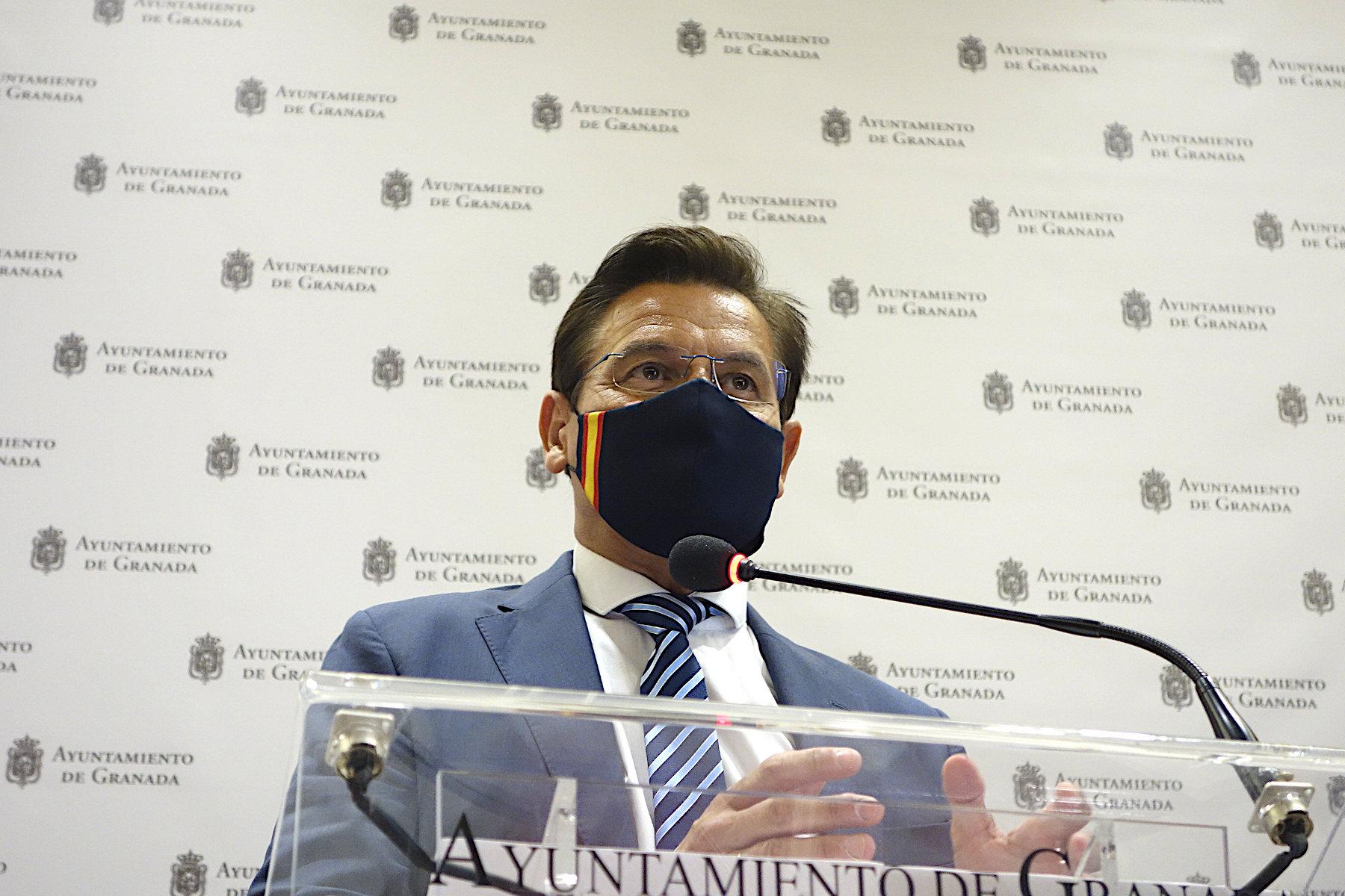 El Alcalde anuncia la paralización de la ampliación de la Zona ORA ante las presiones sociales