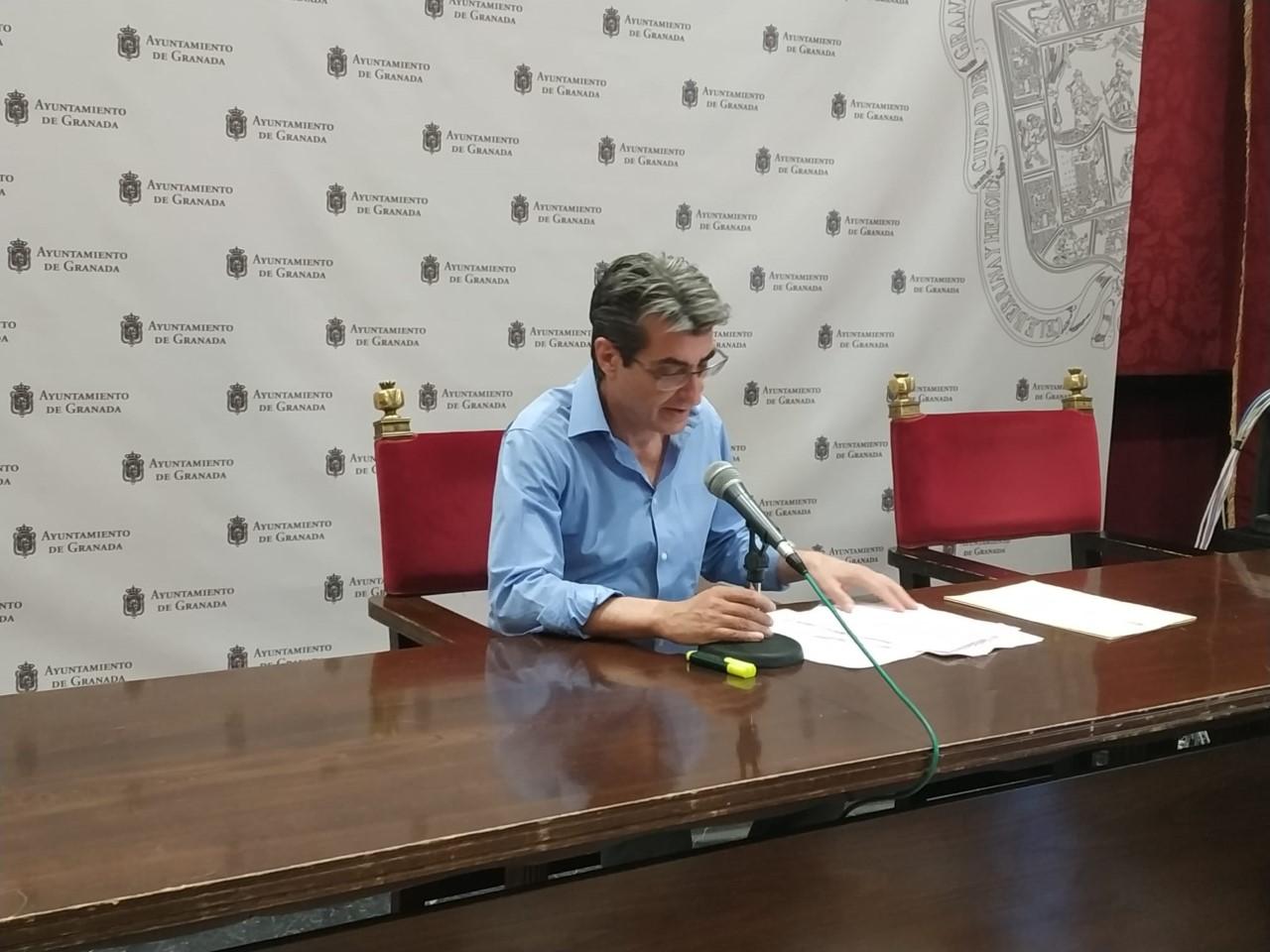 Podemos-IU exige al Bipartito que evite la construcción junto al Arco de Elvira y proteja los restos arqueológicos