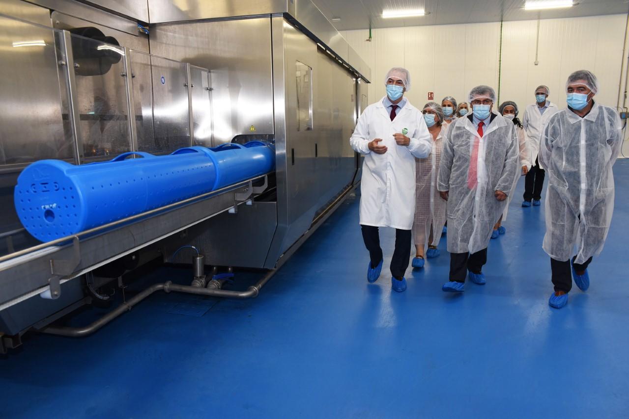 Entrena visita las instalaciones de la Caña Nature, que acoge en su plantilla a personal formado en cursos de la Diputación
