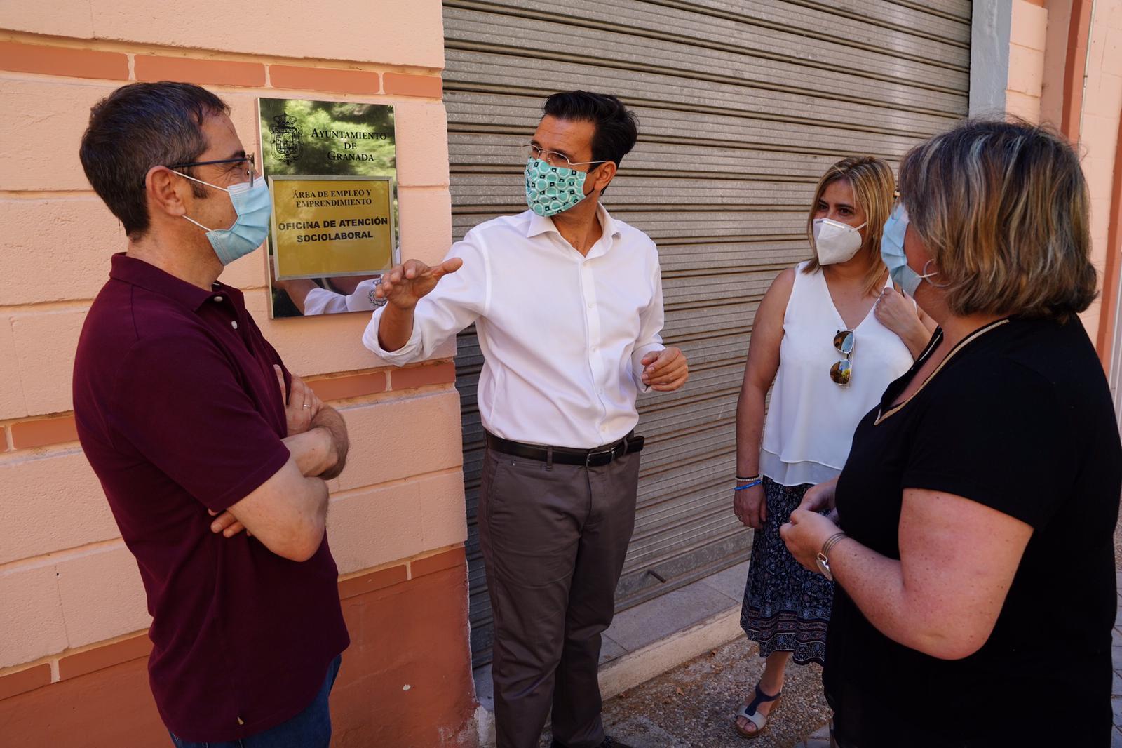 El PSOE denuncia el cierre de la Oficina de Empleo del Ayuntamiento en la Chana