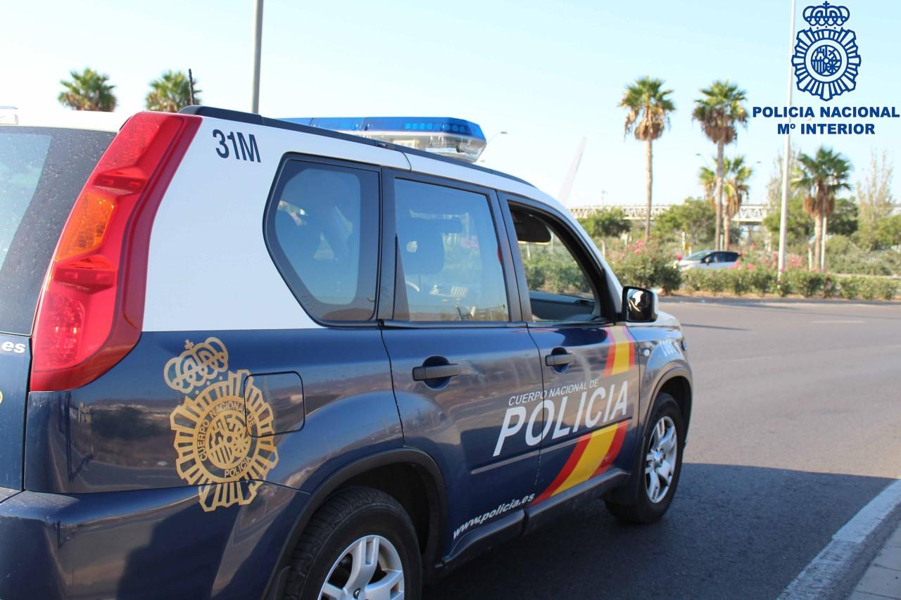 Detenidos dos hombres por amenazar a dos personas con un arma de fuego larga