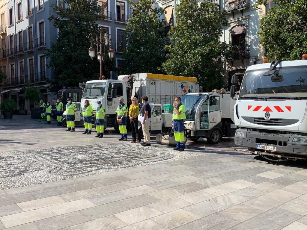 65 operarios más para reforzar en el servicio de limpieza y recogida de residuos