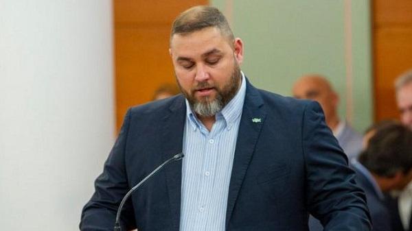 Vox critica el «cinismo» de la alcaldesa de Motril tras el traslado de los inmigrantes a Málaga