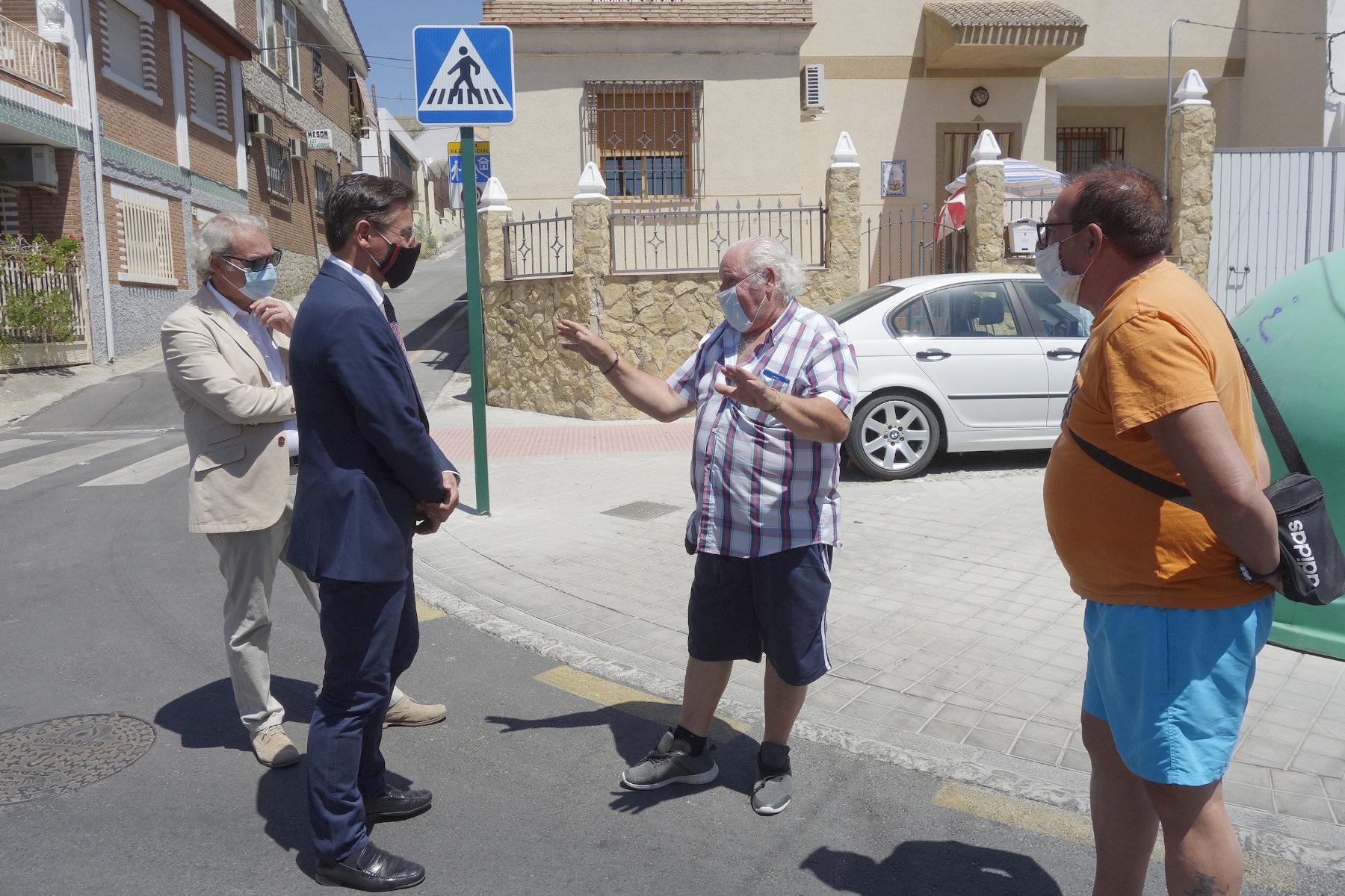 El alcalde pretende integrar Lancha del Genil en el conjunto de la ciudad