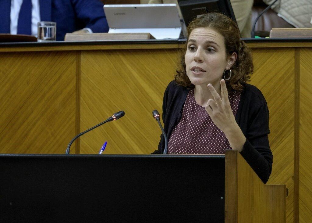 Una parlamentaria de Adelante critica la reacción del alcalde de Víznar (IU) al traslado de inmigrantes