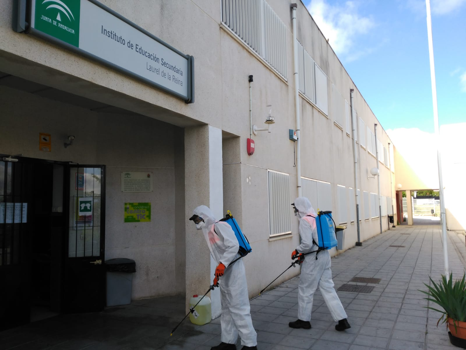 La Zubia asumirá las desinfecciones de los centros educativos del municipio