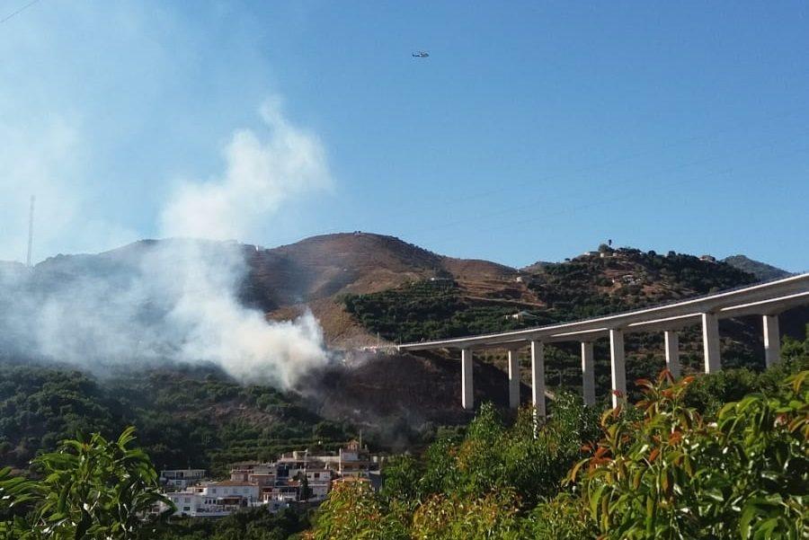 Controlado el incendio forestal de Almuñécar