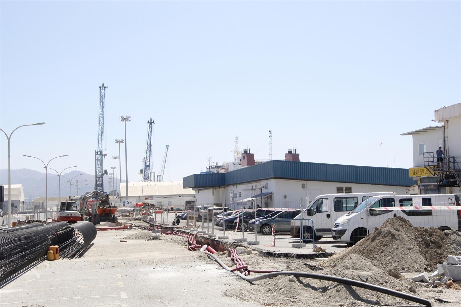 Continúa la remodelación del muelle pesquero de Motril