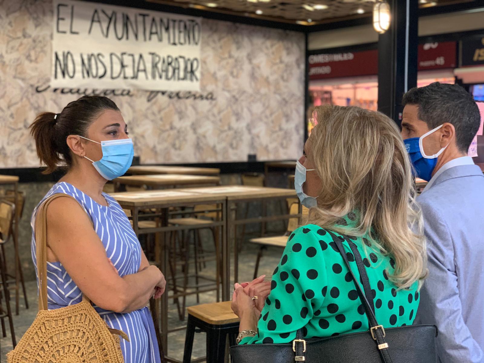 El PSOE exige medidas eficaces al Ayuntamiento para mejorar la situación de los comerciantes de San Agustín