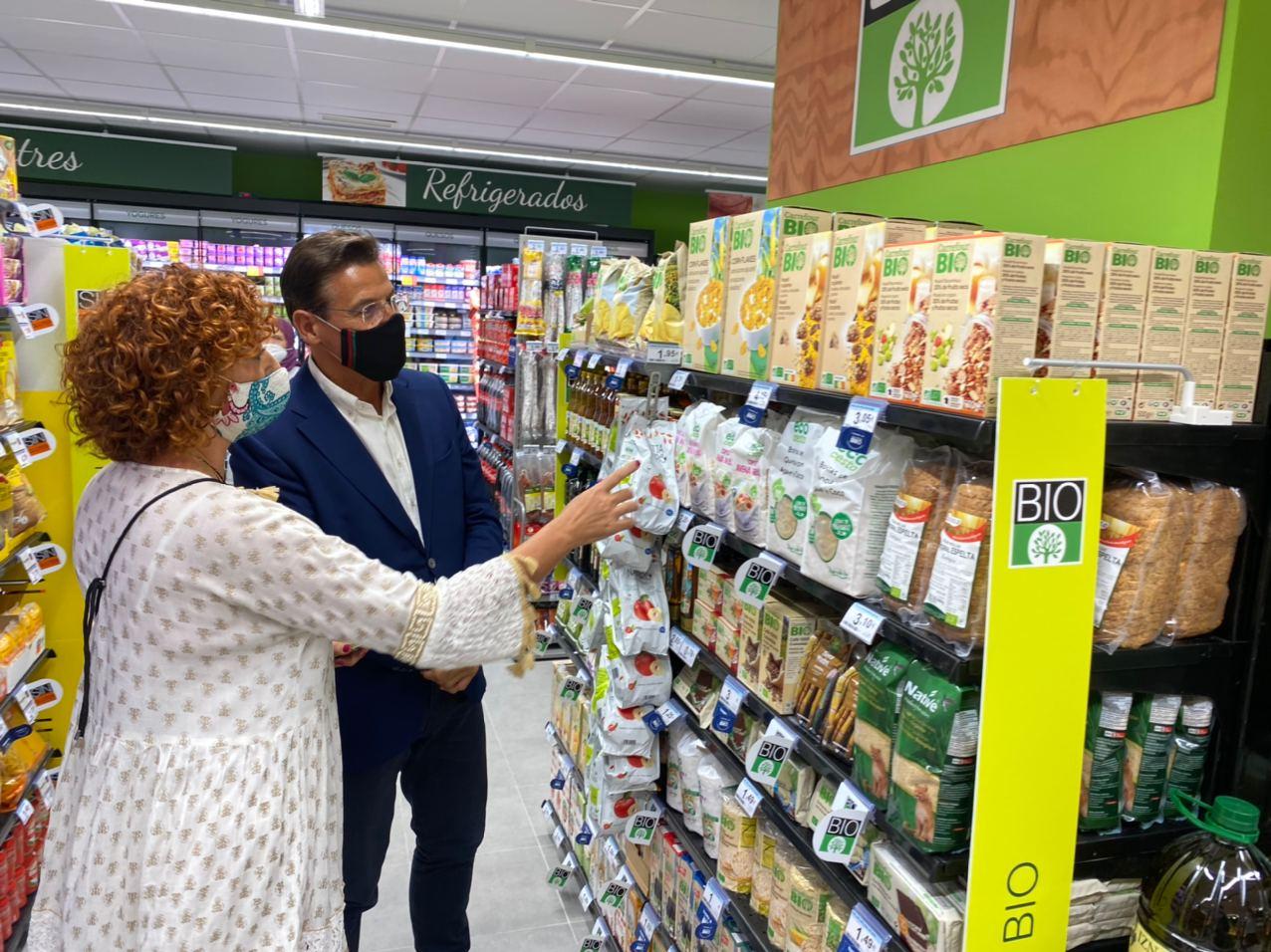 El nuevo centro Carrefour Express abierto en Granada generará nueve empleos directos