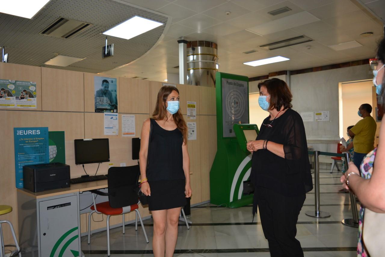 Las oficinas de SAE de Granada recuperan la gestión presencial