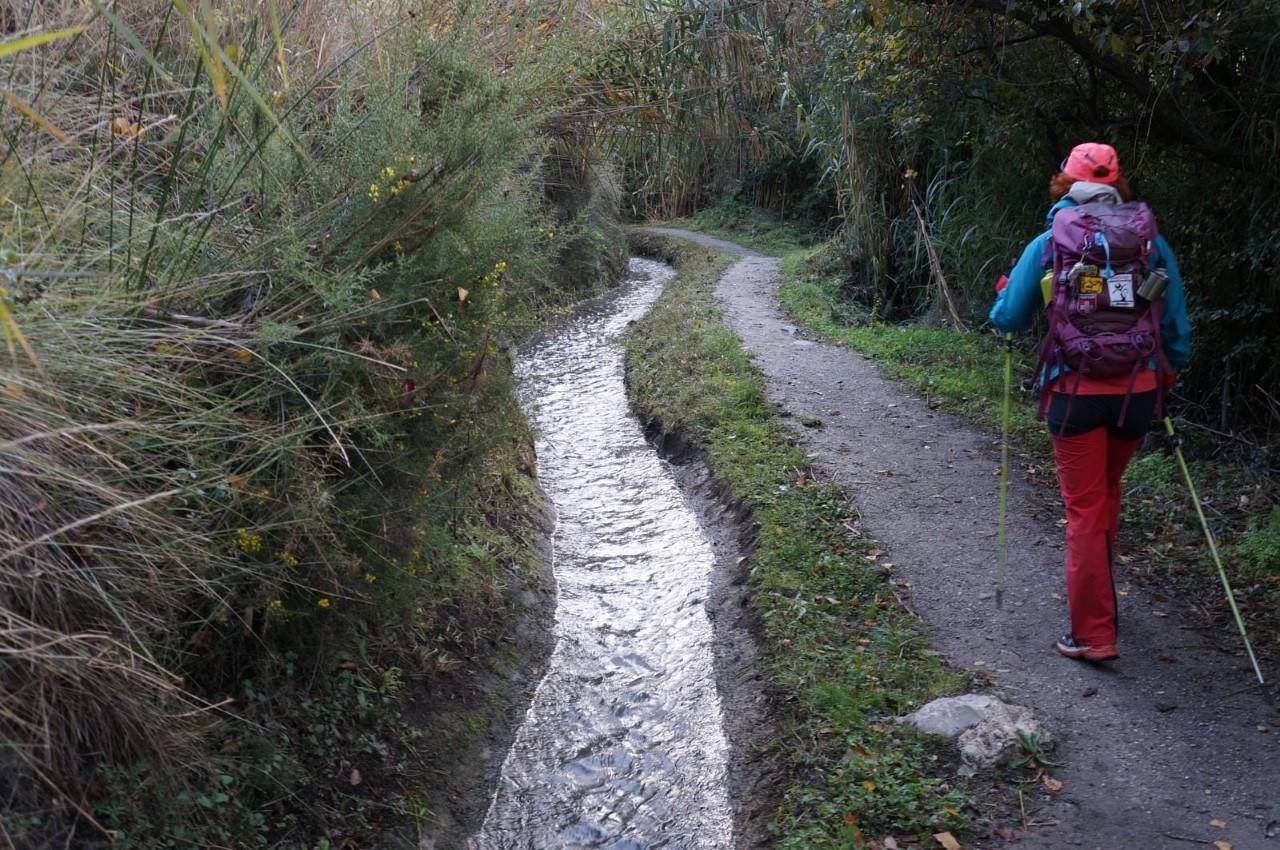 IU pide la creación de un sendero junto a la acequia del Albaricoque que conecte Granada, Monachil y Huétor Vega