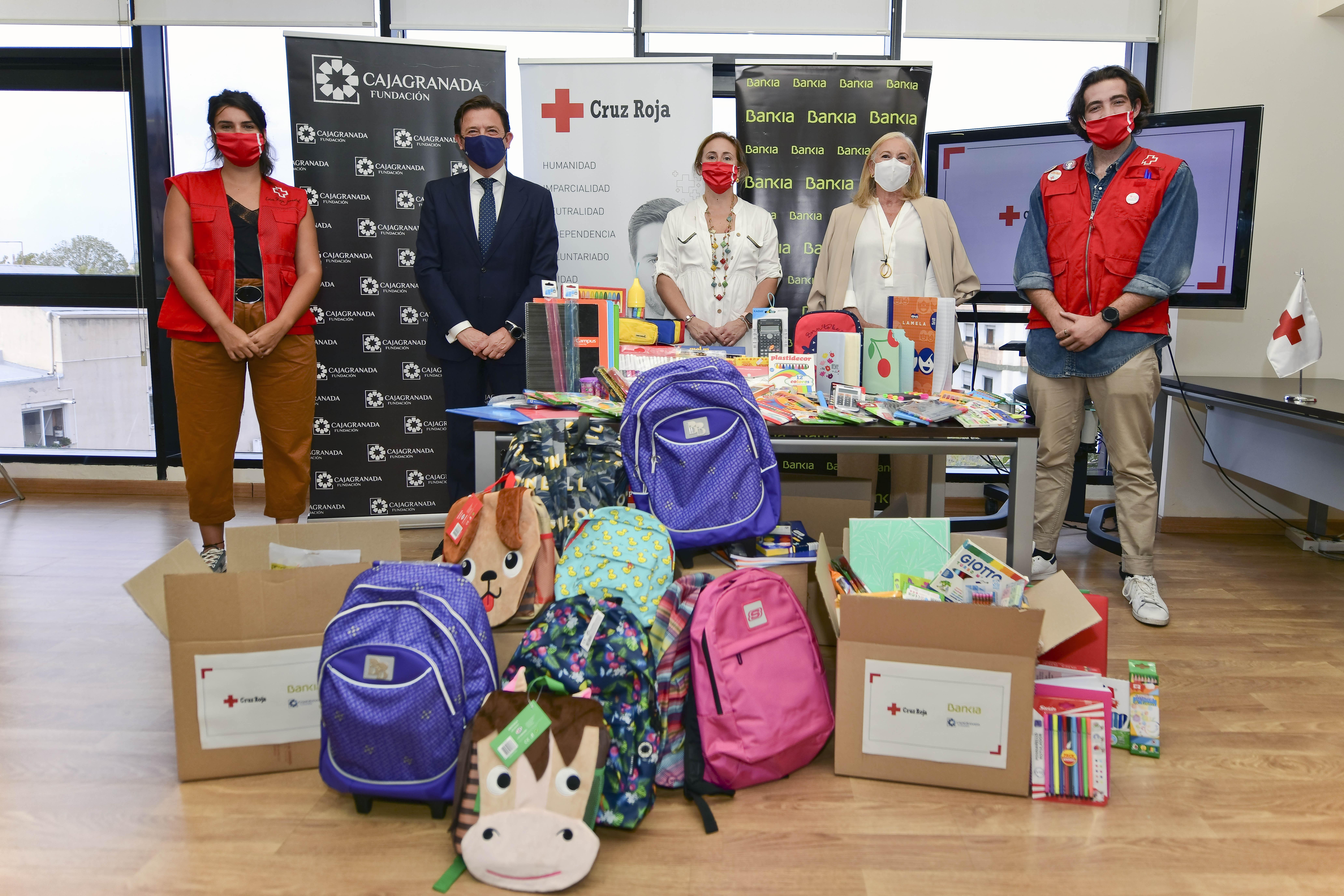 80 niños se beneficiarán de material escolar gratuito gracias a Bankia y Fundación Cajagranada
