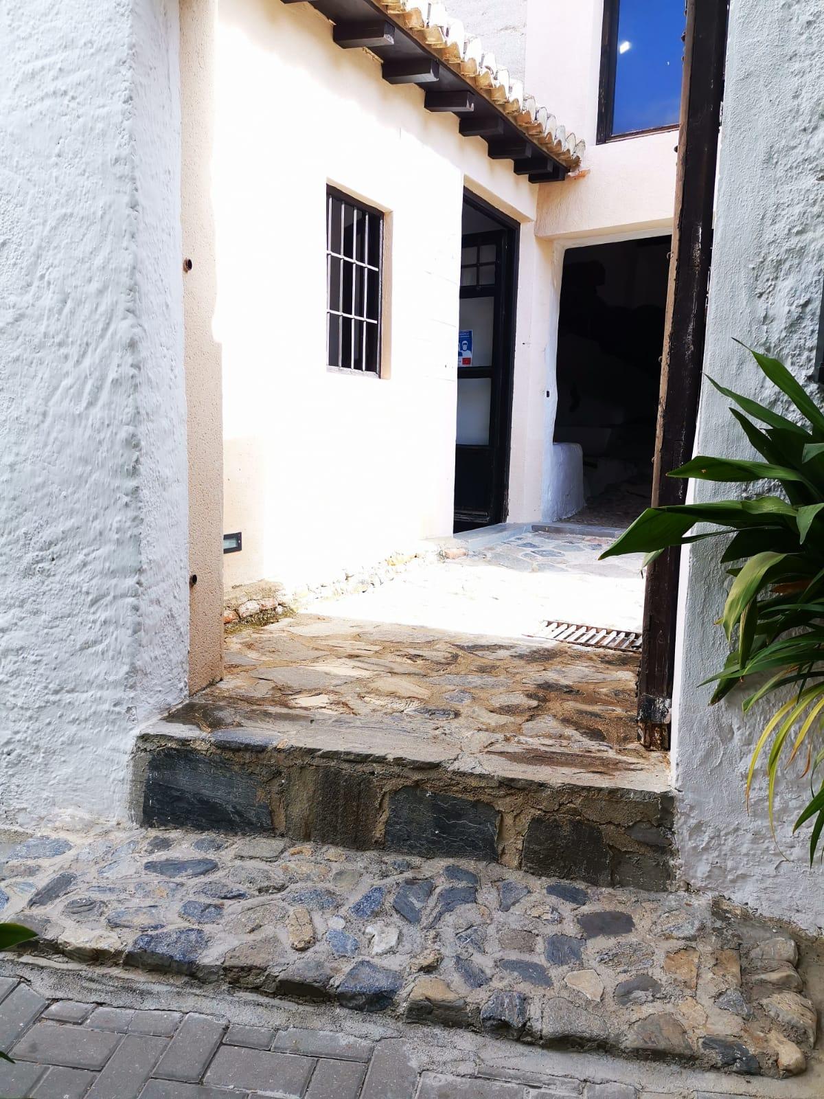 La almazara La Erilla va a eliminar sus barreras arquitectónicas