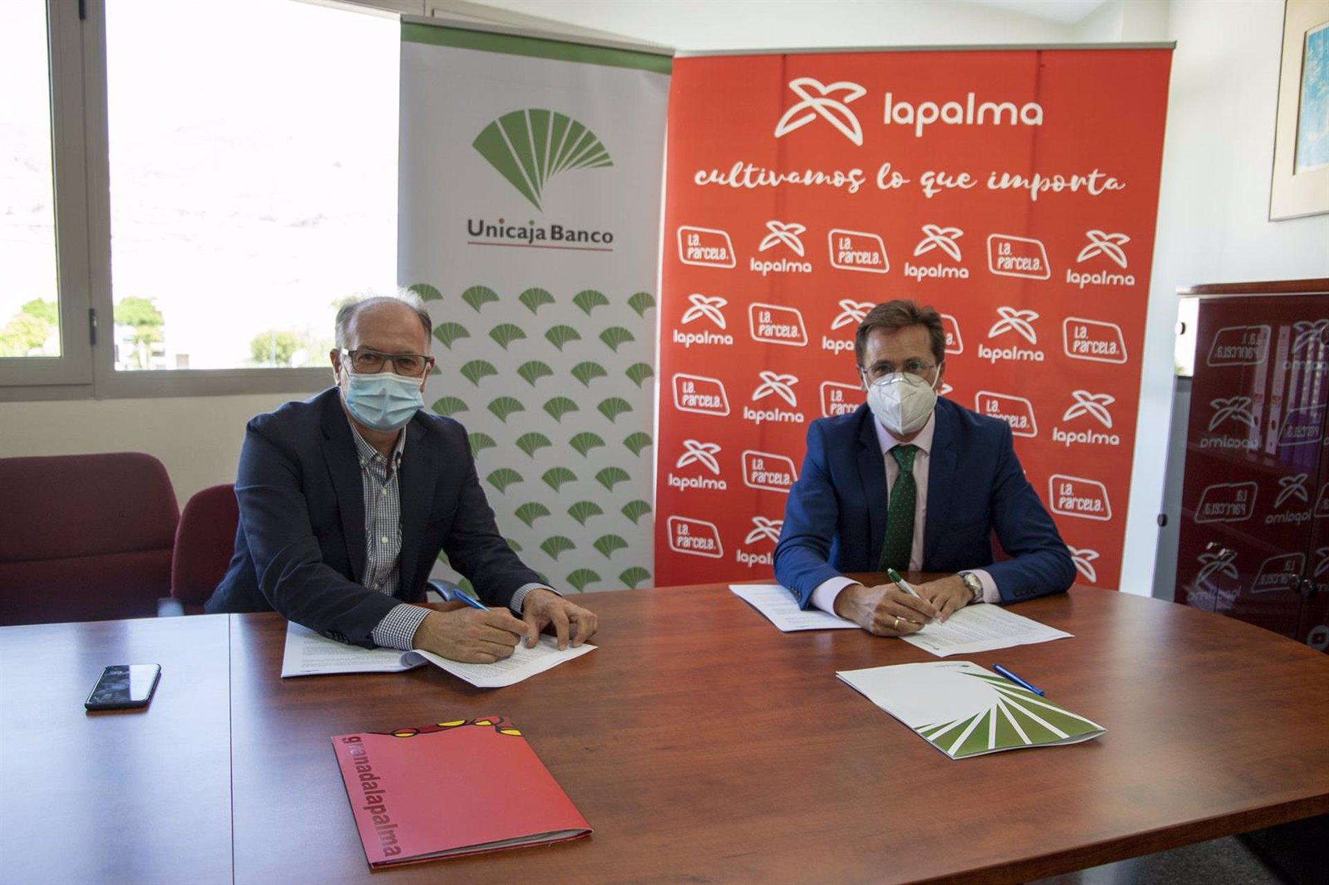 Unicaja y La Palman acuerdan un sistema financiero para los agricultores