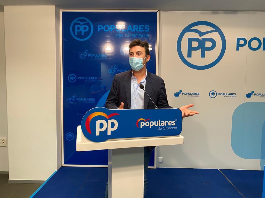 """El PP reprocha al PSOE su """"aplauso"""" al recorte de casi un 10% en los fondos de la nueva PAC"""