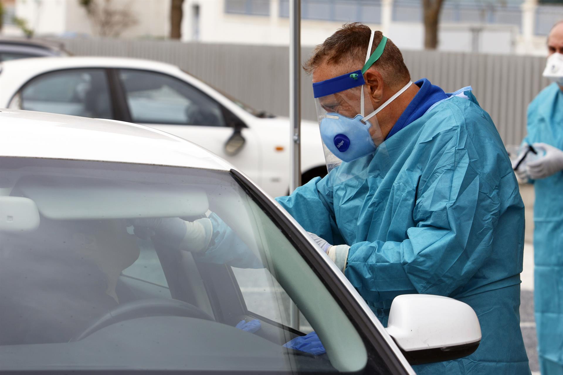 685 contagios, seis fallecidos y 34 hospitalizados en el último día