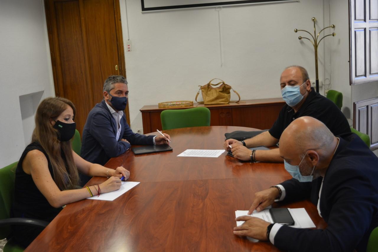 Comerciantes en instituciones crean una mesa de trabajo para consensuar medidas para el sector tras la pandemia