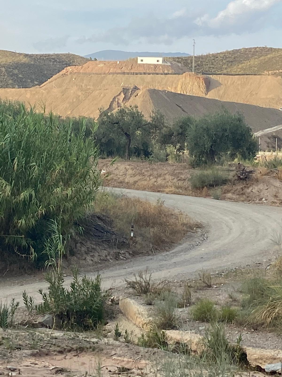 El PP pide un plan para ejecutar obras de emergencia y adecentamiento en la rambla Carlonca de Ugíjar