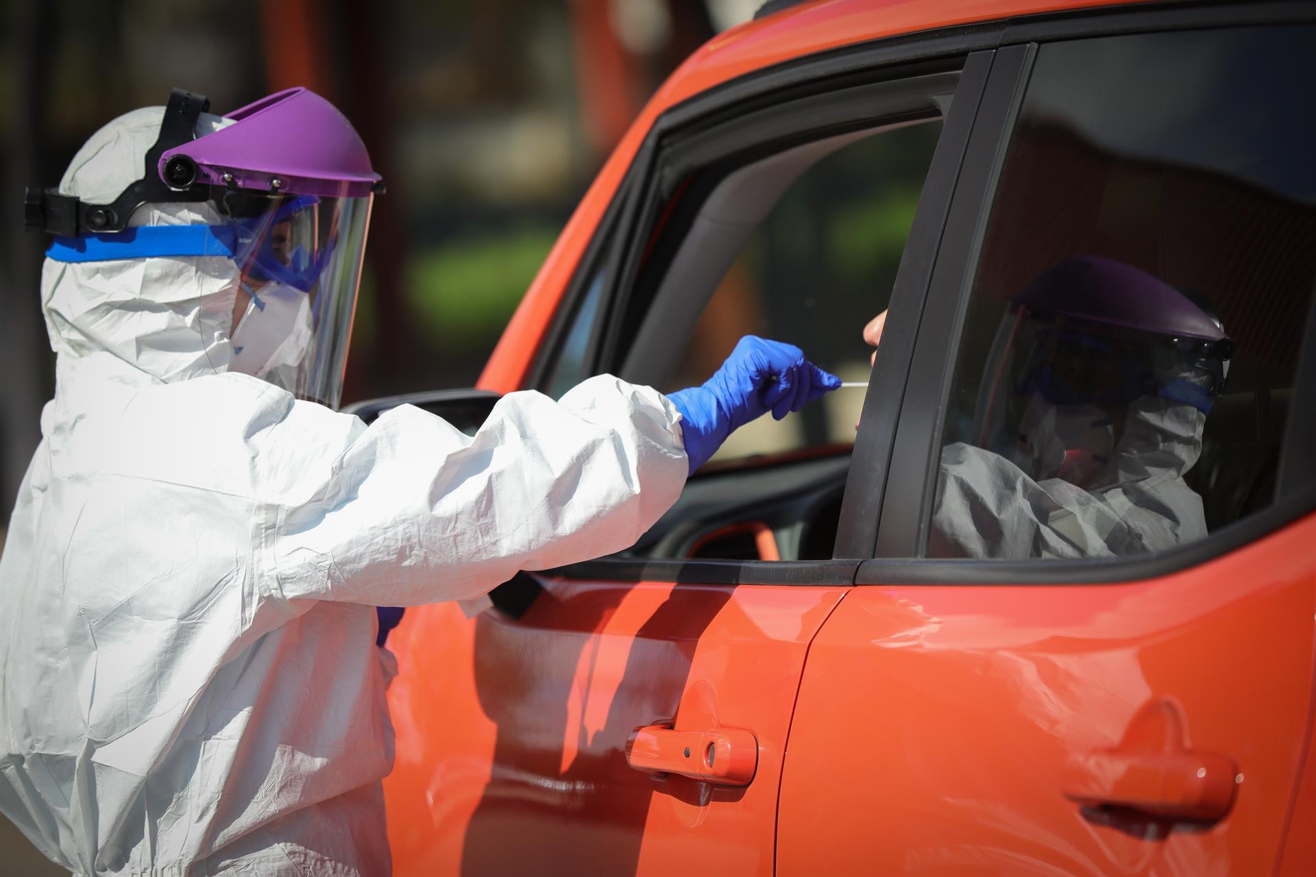 Baja el número de contagios hasta 26 aunque se registran 2 nuevos fallecimientos