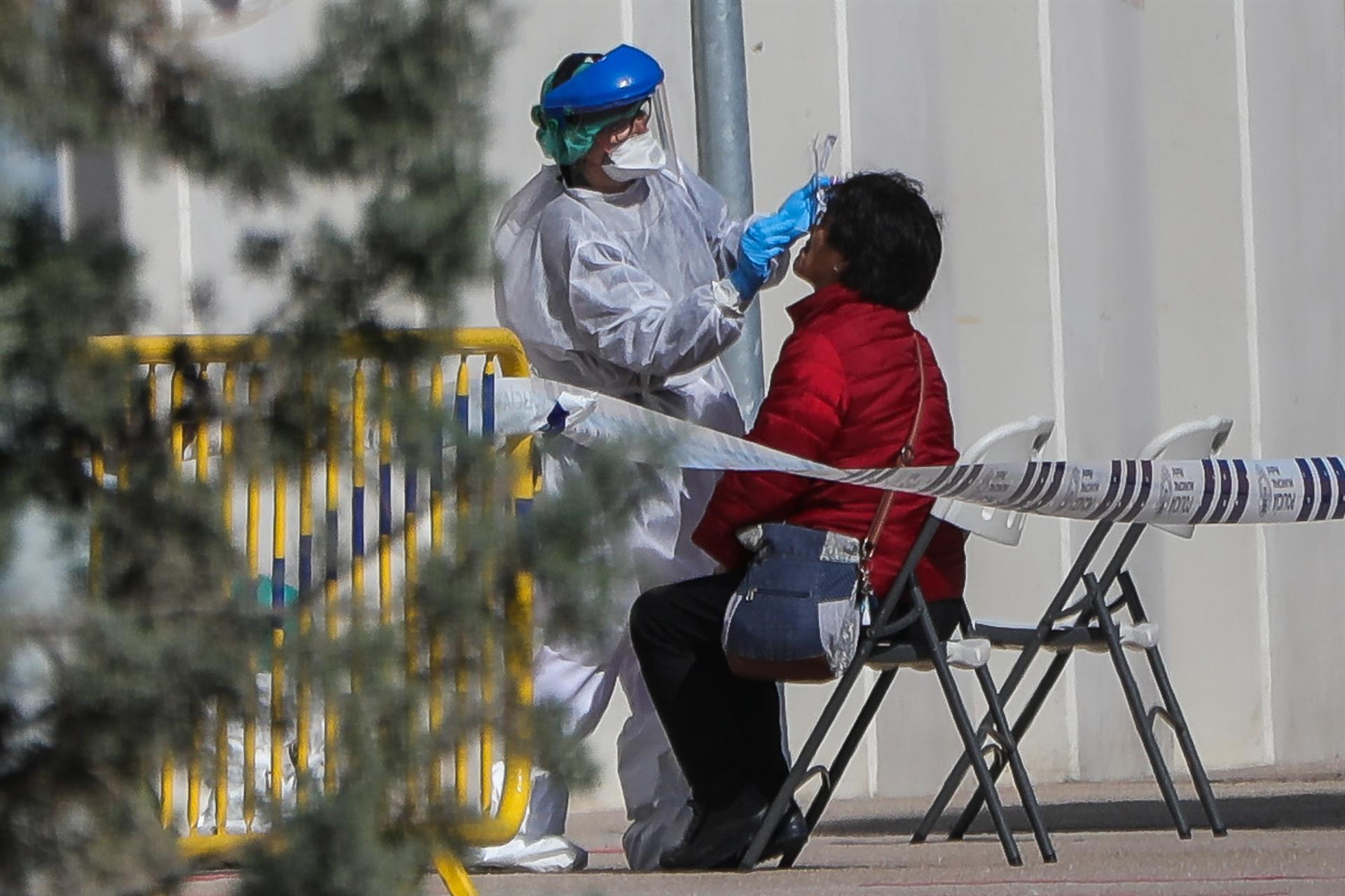 Granada registra 73 nuevos contagios con 8  hospitalizaciones