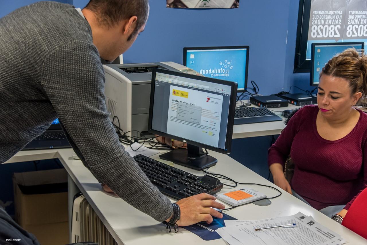 Guadalinfo cierra el primer semestre con más de 11.000 nuevas altas de usuarios en la provincia de Granada