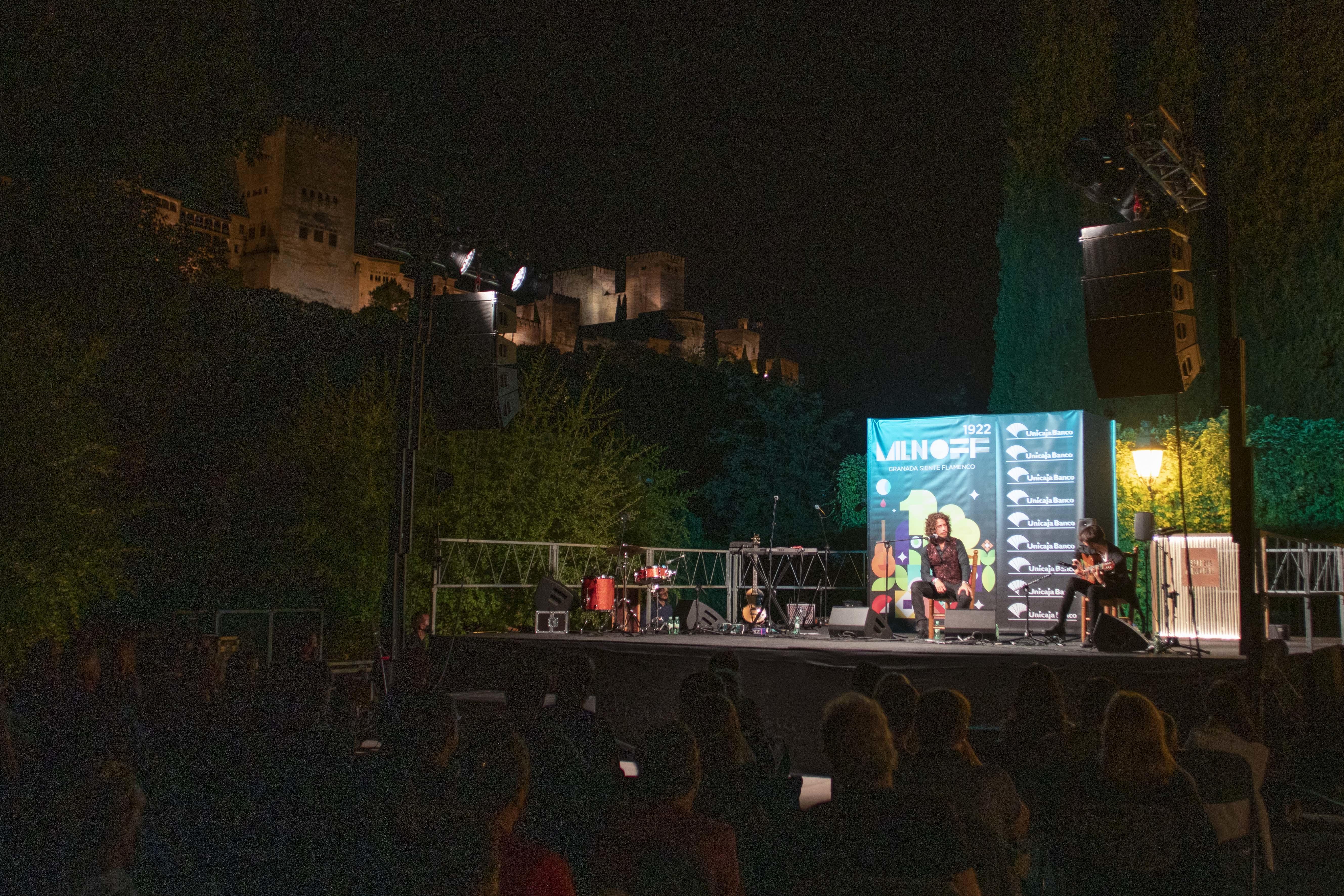 La lluvia impide el concierto de los Morente, Kiki y Soleá, en los Córdova