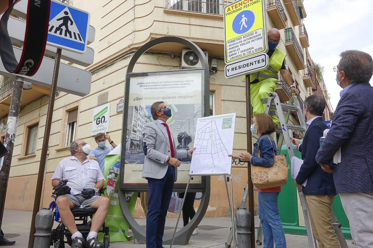 La calle San Antón se prepara para su peatonalización