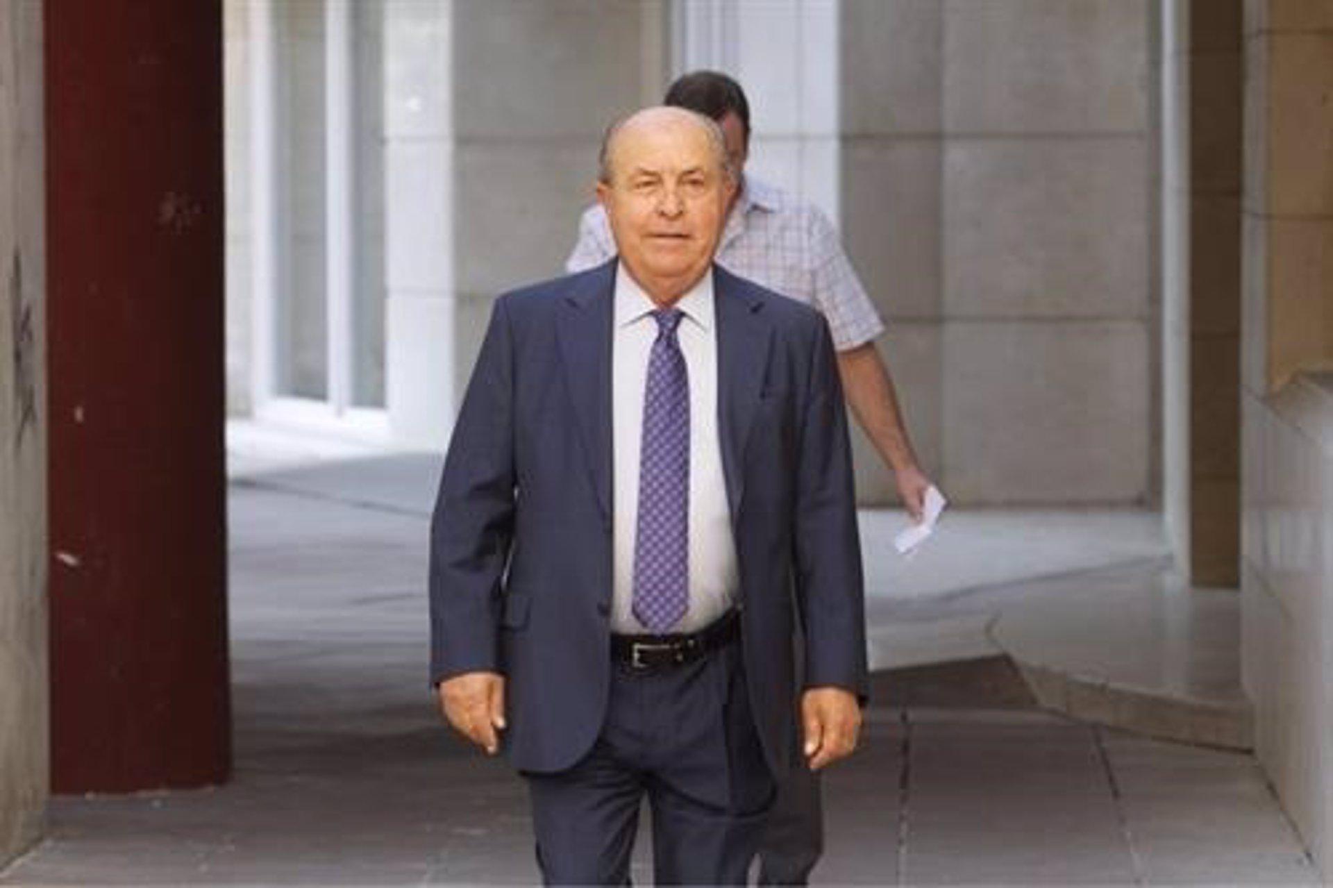 Saavedra (PP) lamenta el «calvario» de Torres Hurtado durante años tras el archivo de la pieza 'Registrador'