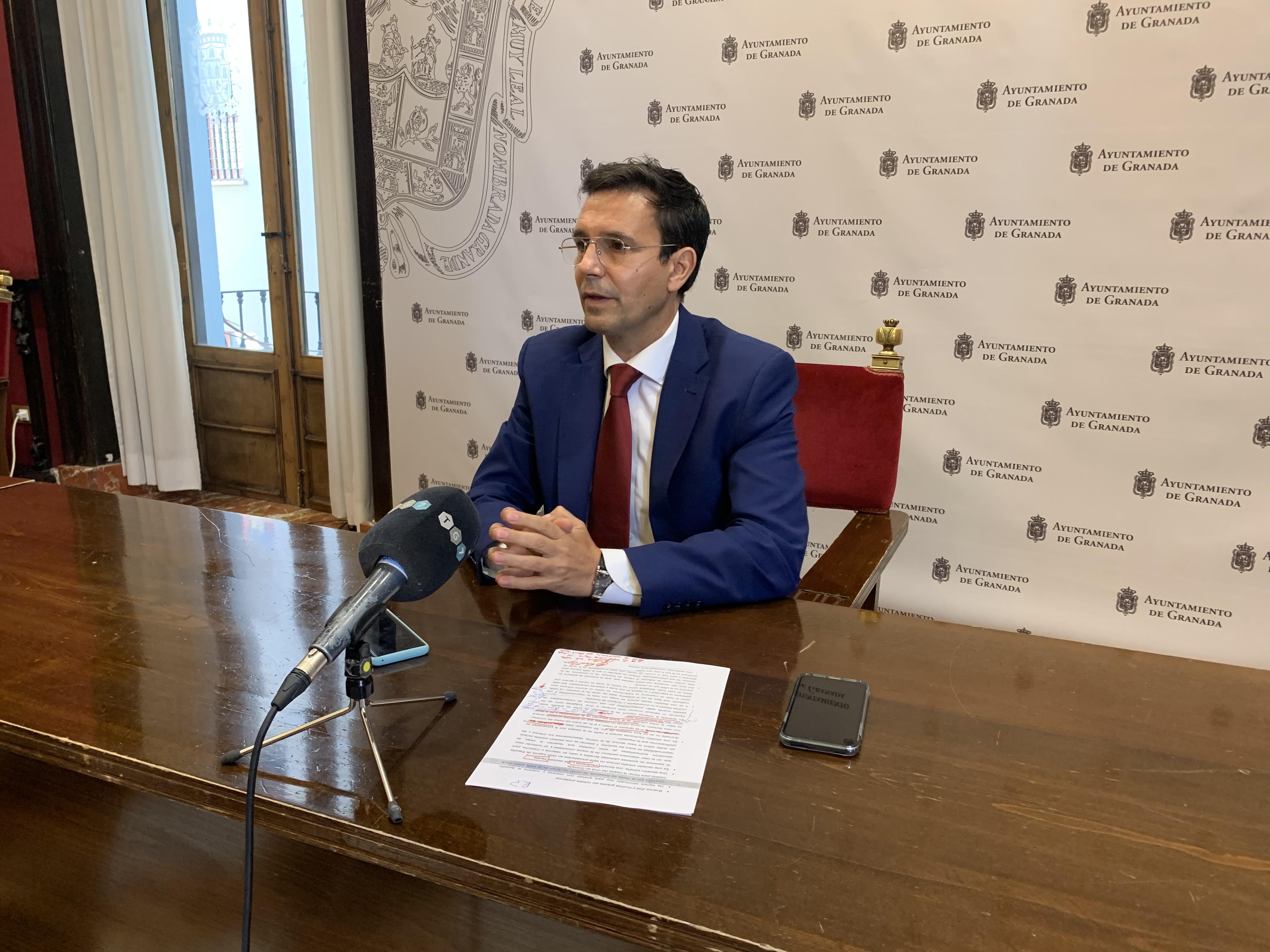 Paco Cuenca exige una rectificación a Salvador tras firmar un manifiesto de apoyo al ramal de Corredor Mediterráneo