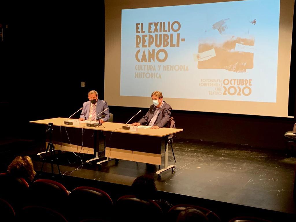 Luis García Montero abre las jornadas de memoria histórica, dedicadas al exilio republicano