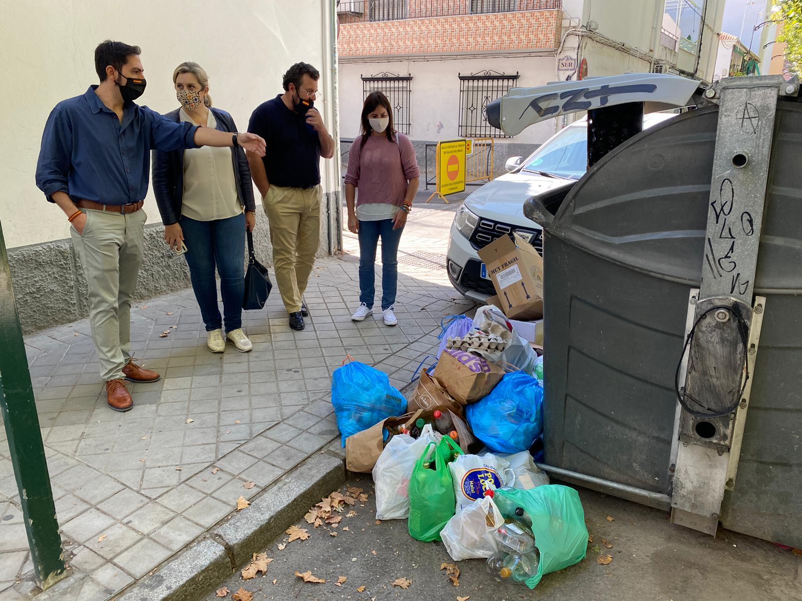 VOX denuncia el lamentable estado de conservación y el uso inadecuado de los complejos deportivos de la Chana