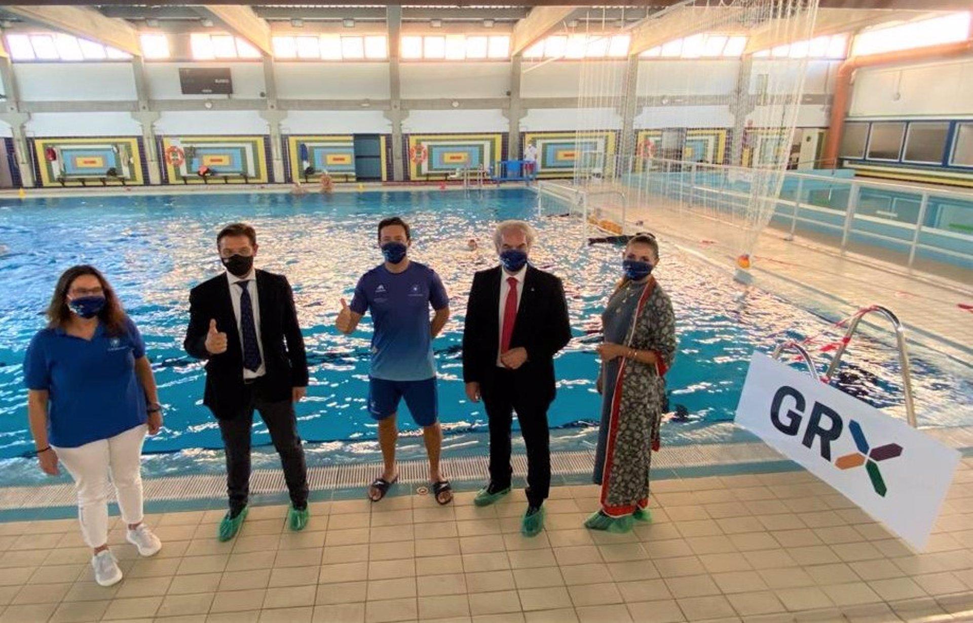 El Ayuntamiento suma el waterpolo a su oferta de ocio deportivo