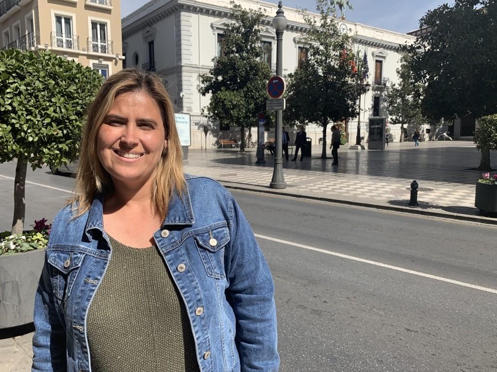 El PSOE pide a la Junta la vacunación de los profesionales de los servicios sociales