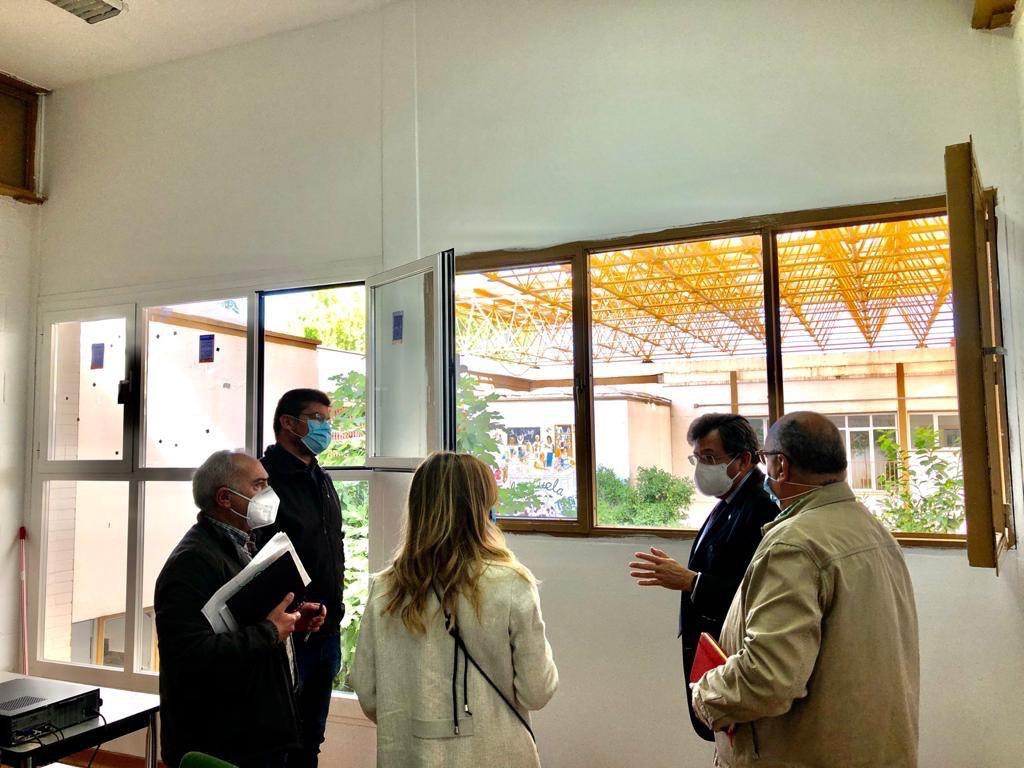 El ayuntamiento anuncia reformas en el Centro de Servicios Sociales Rey Badis, de la Zona Norte