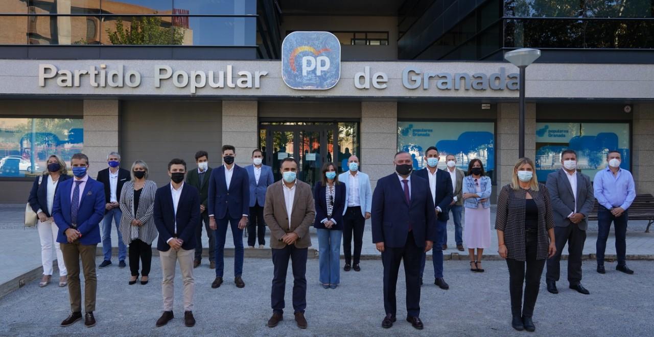 El presidente provincial del PP de Granada presenta a los integrantes del Comité Ejecutivo Provincial