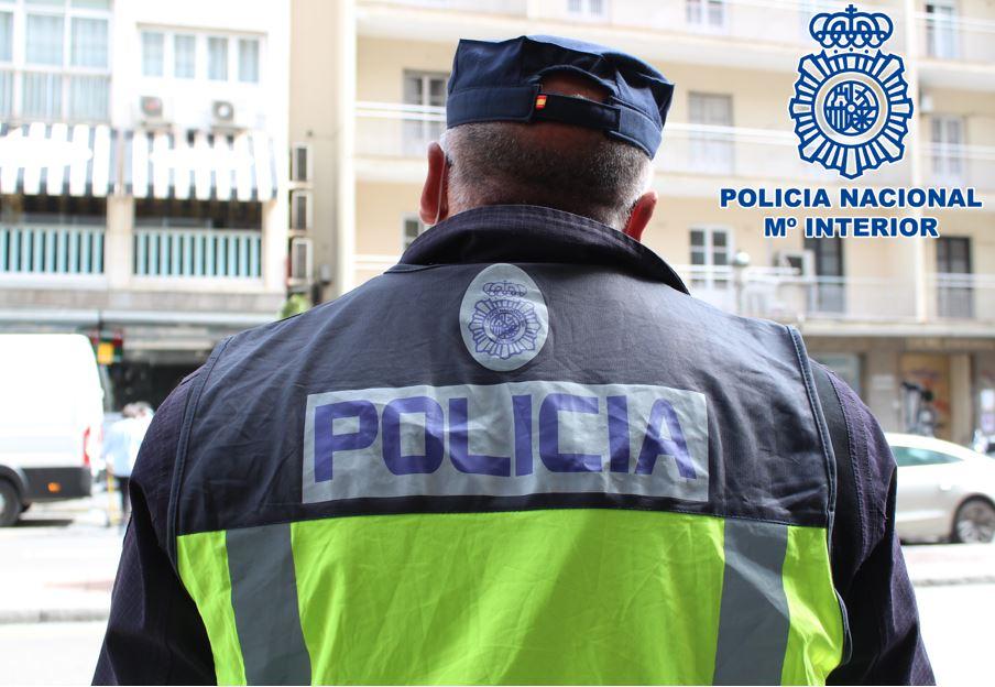 Detenido un delincuente especializado en robo de comercios en el centro