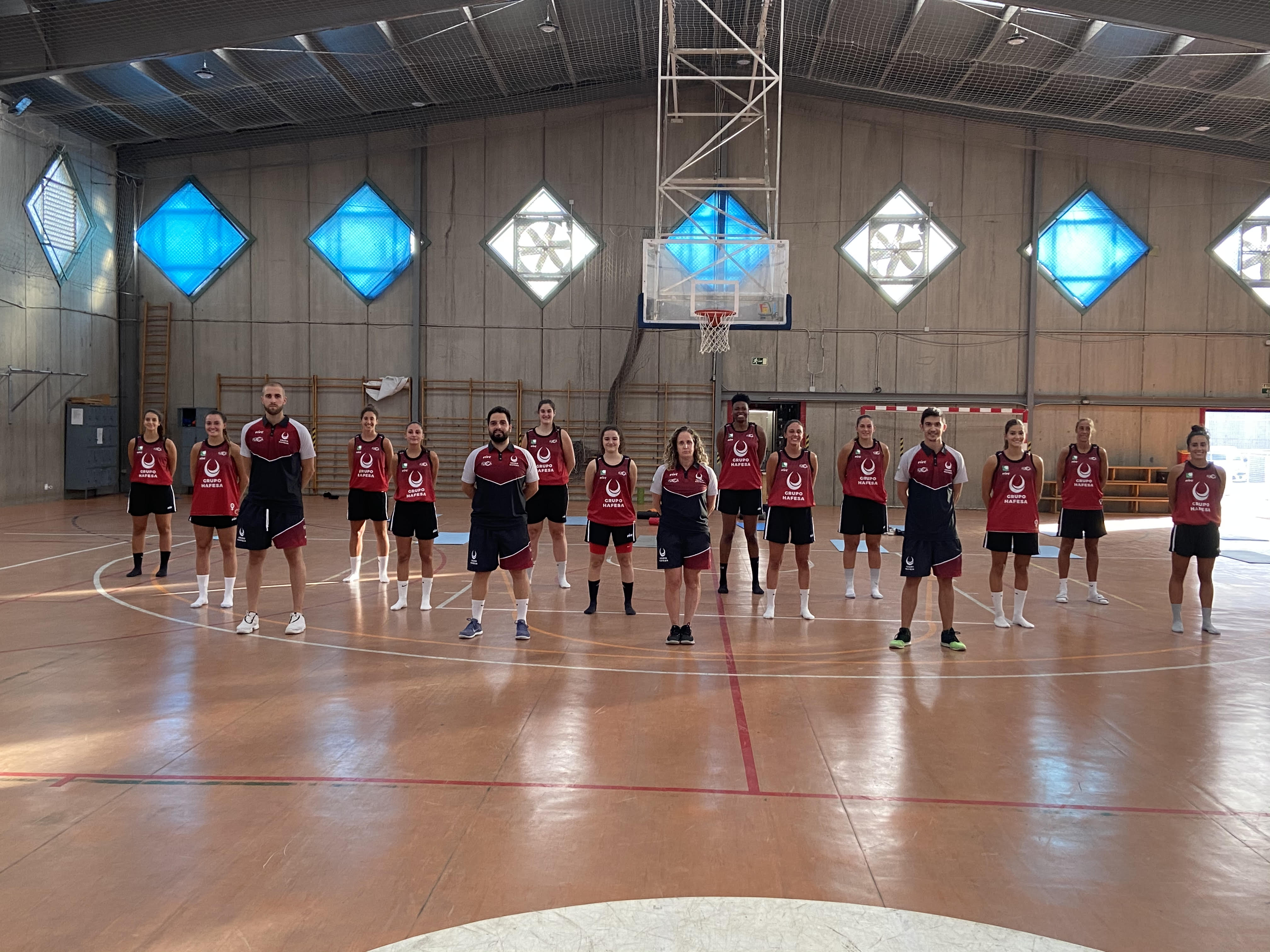 La plantilla del equipo de baloncesto femenino Hafesa guardará cuarentena tras dos positivos