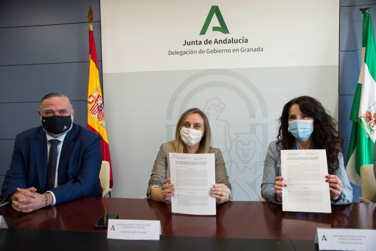 Las consejerías de Fomento e Igualdad firman un protocolo para impulsar las ayudas al alquiler