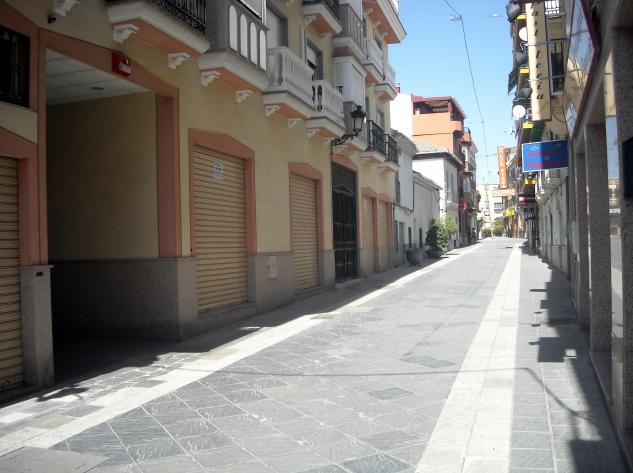 Vecinos de una casa okupada en Maracena se concentran este viernes contra la inseguridad